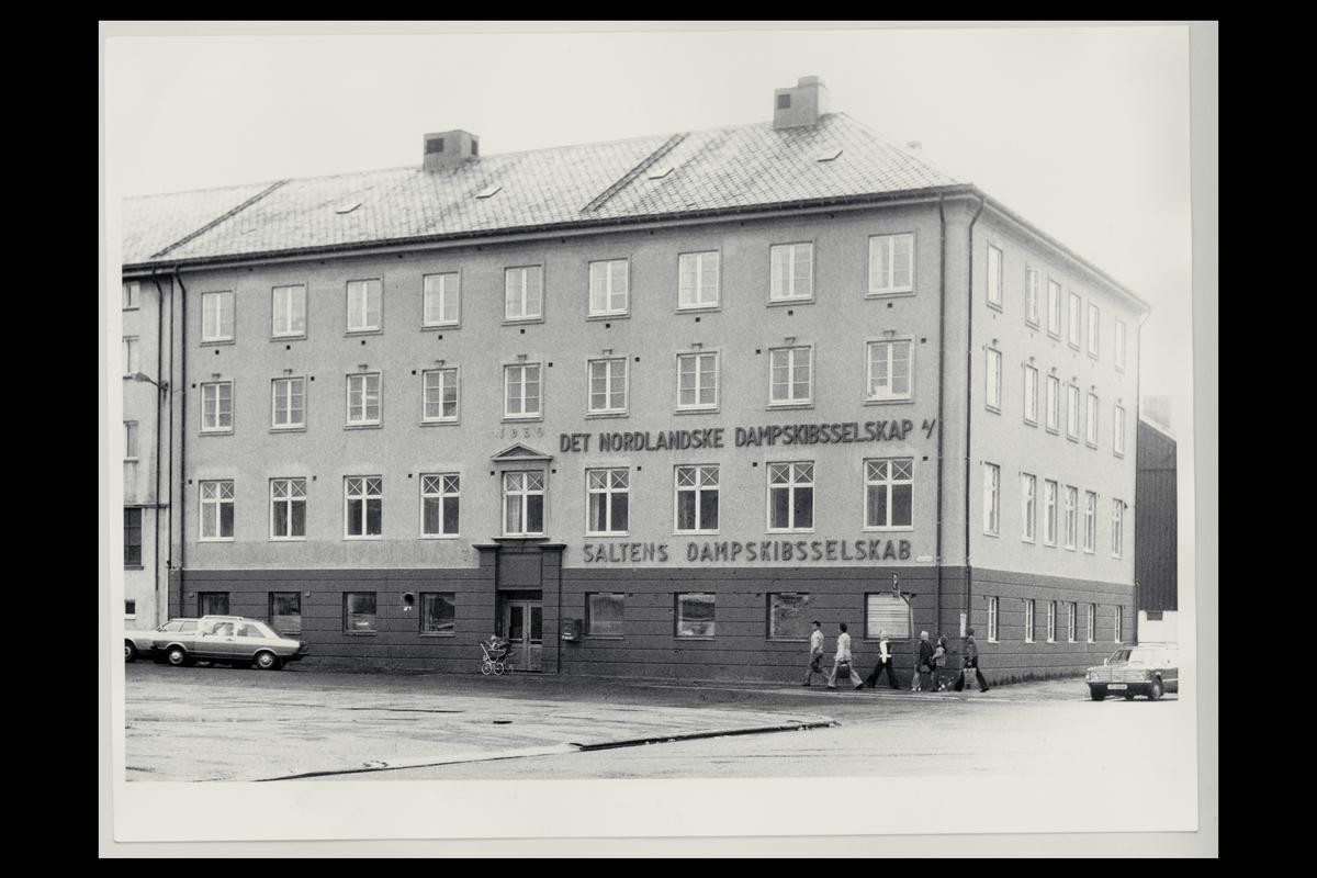 eksteriør, postkontor, 8000 Bodø, postkasse