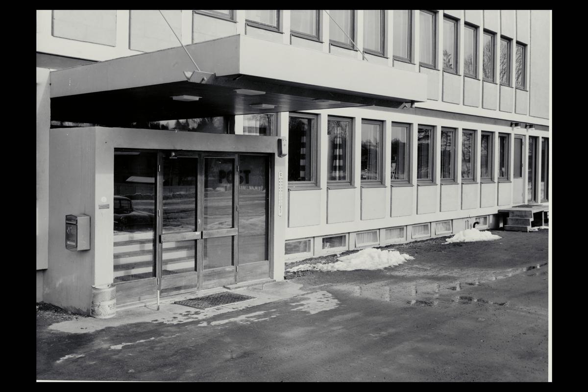 eksteriør, postkontor, 2080 Eidsvoll, postkasse