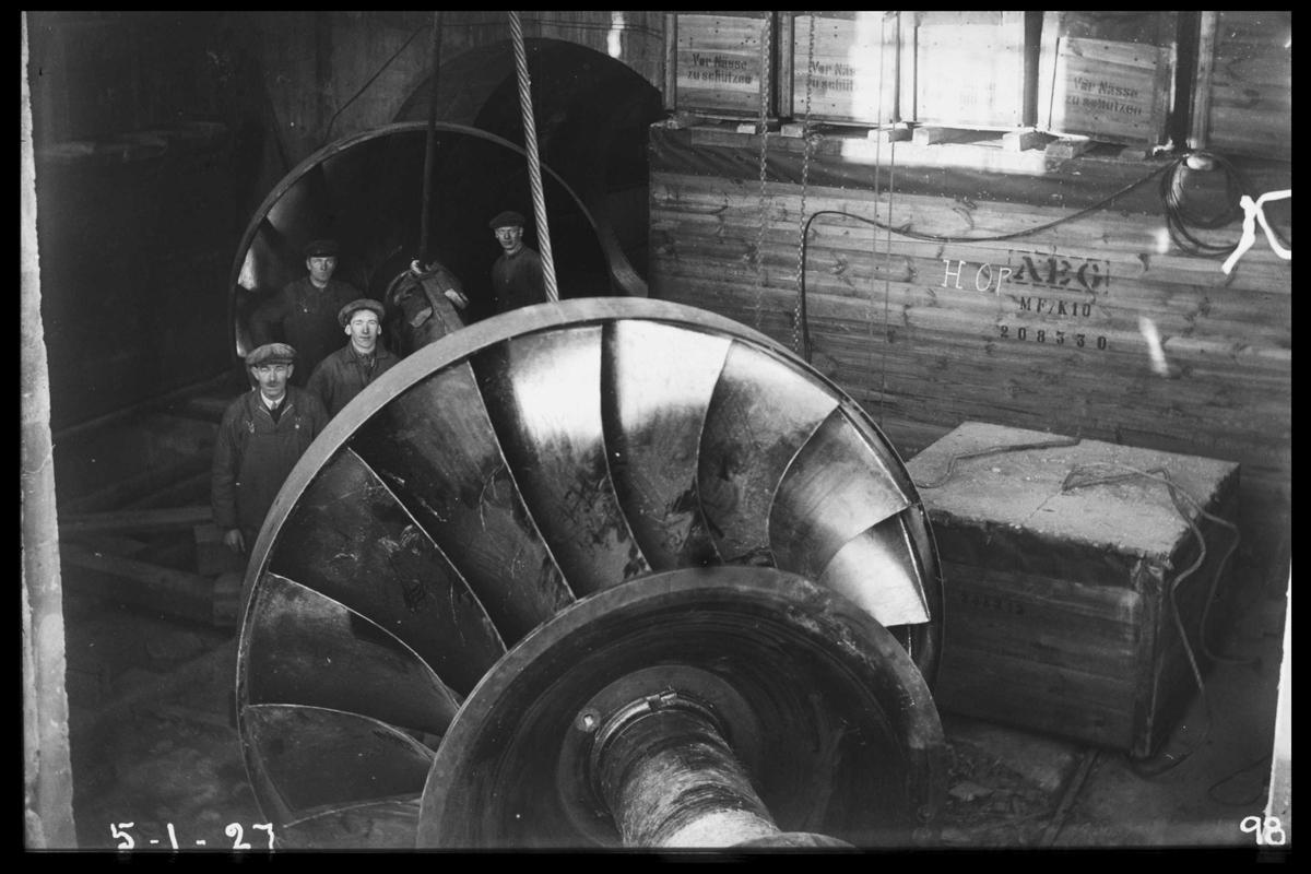 Arendal Fossekompani i begynnelsen av 1900-tallet CD merket 0470, Bilde: 23 Sted: Flaten Beskrivelse: Løpehjul