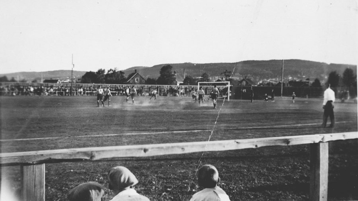 Fotballkamp med Ski I.L.