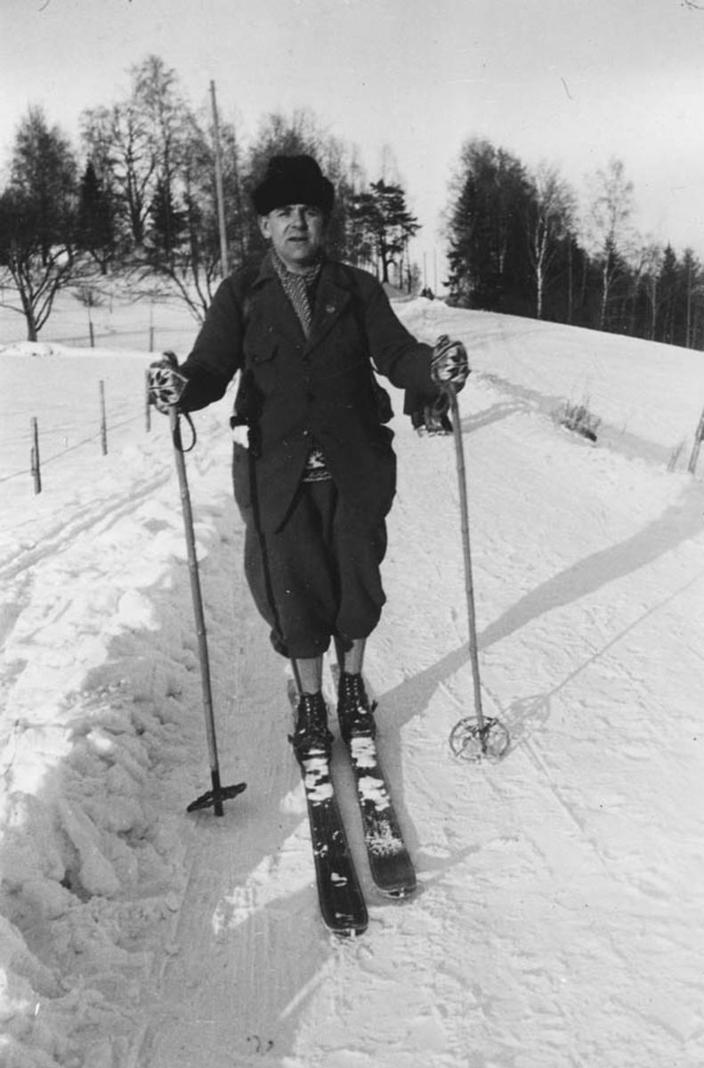 Jorulf Bjørnstad på ski.