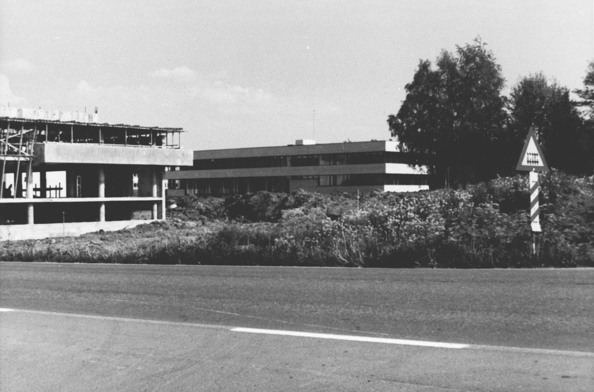 Byggingen av Ås Rådhus.