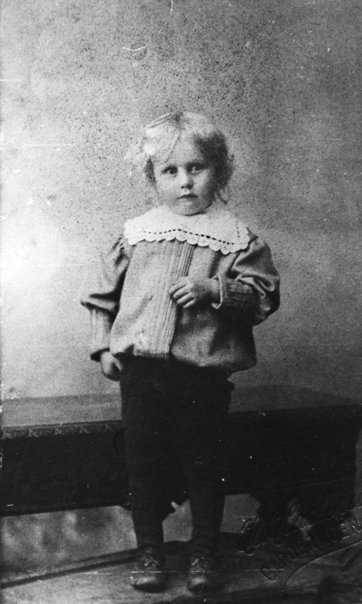 Portrett av Per Ramstad som barn.