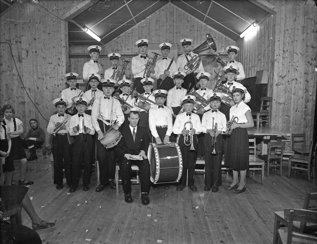Skolekorps.