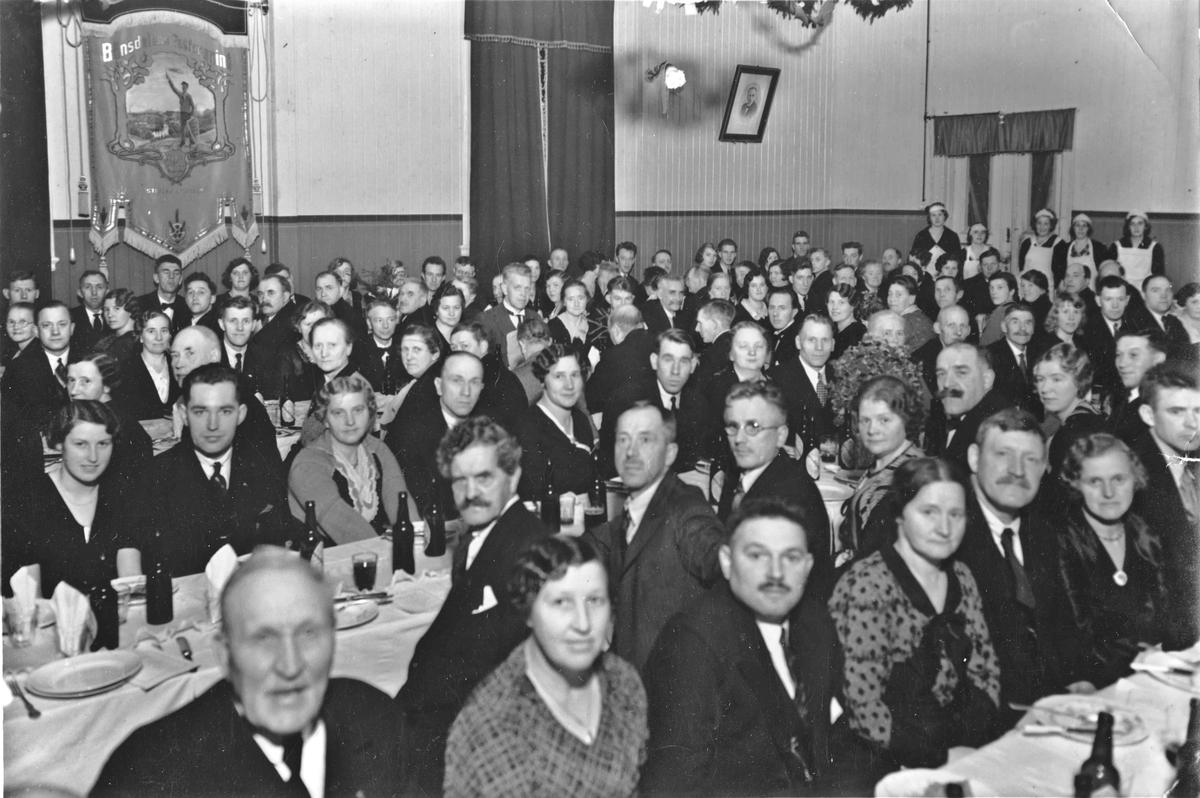 Bønsdalen Fagforening på Søndre Samfunn. 24. nov. 1934. 30-års jubileum.