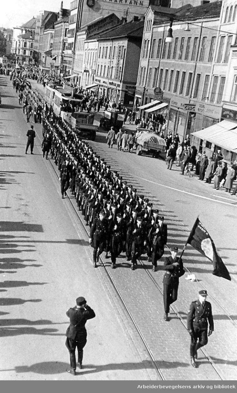 Nasjonal Samling - Hirdoppmarsj på Grønland, 1940-45.
