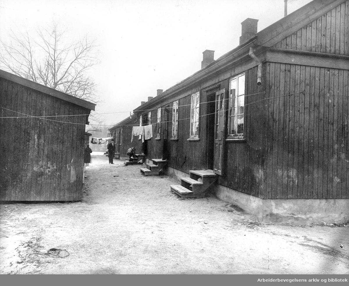Arctander-brakkene, nødbrakker i Stavangergata på Sagene,.1920-25 ..