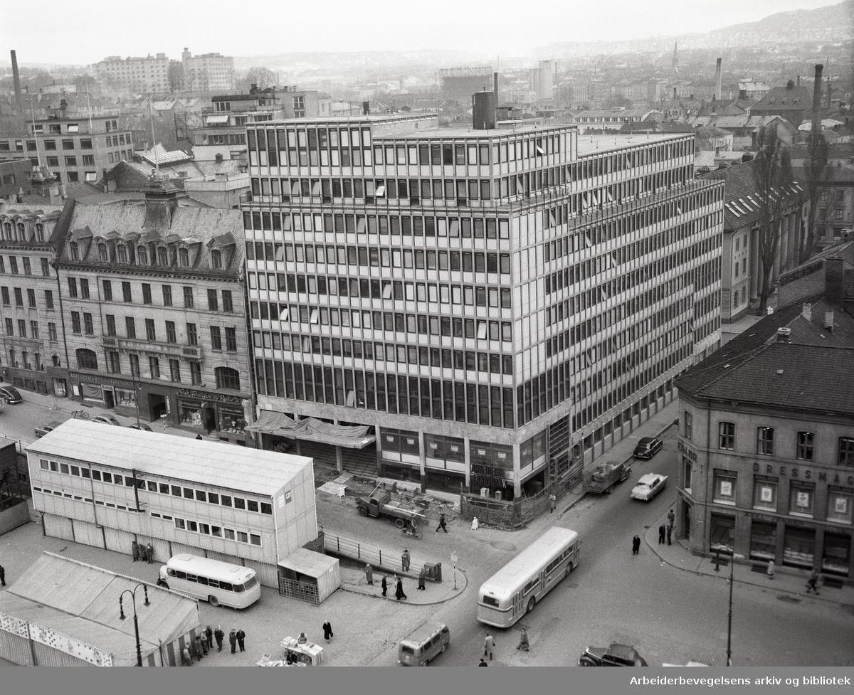 Folkets Hus under bygging, april 1958.