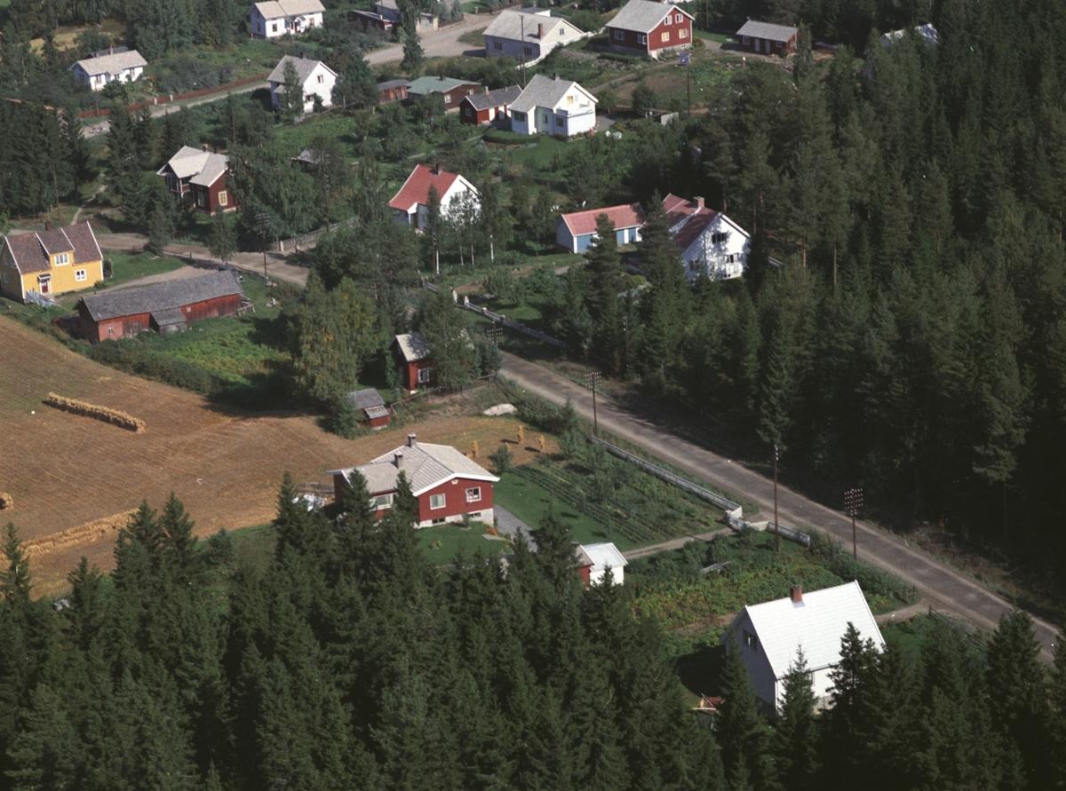 Flyfoto, boliger, Lundsdalen, Gaupen, Ringsaker.