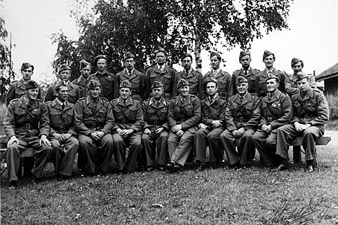 TYSKLANDSBRIGADEN 1946. 2. REKKE F. V. GUNNAR BAHUS. FOTO BREDE STUBSTAD.