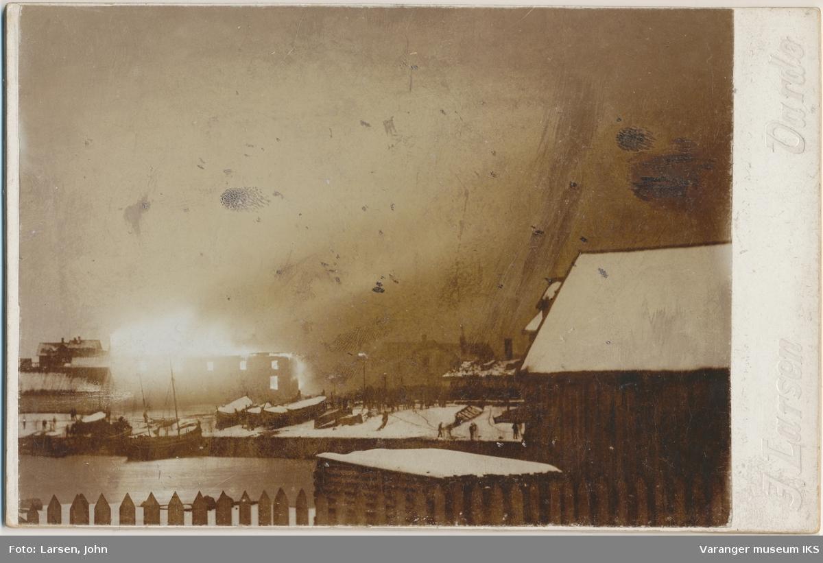 Brodtkorbs forretningsgård brenner, 1898