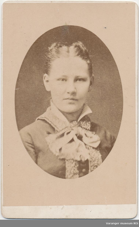 Portrett, Magna Fernanda Brodtkorb