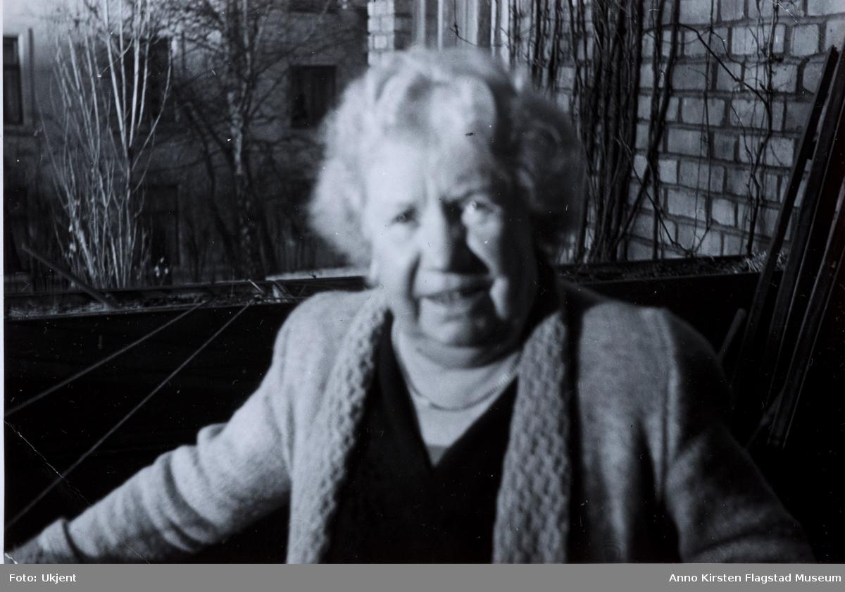 Kirsten Flagstads mor Marie Flagstad. Kirsten Flagstad's mother Marie Flagstad.