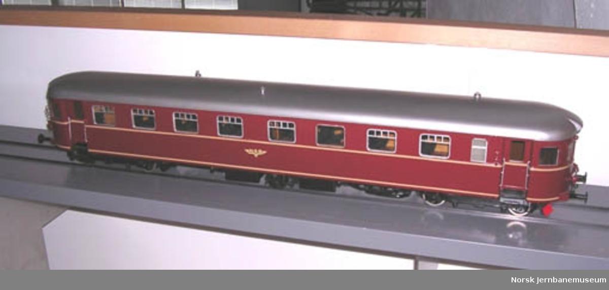 Modell av dieselmotorvogn litra Bmdo type 91