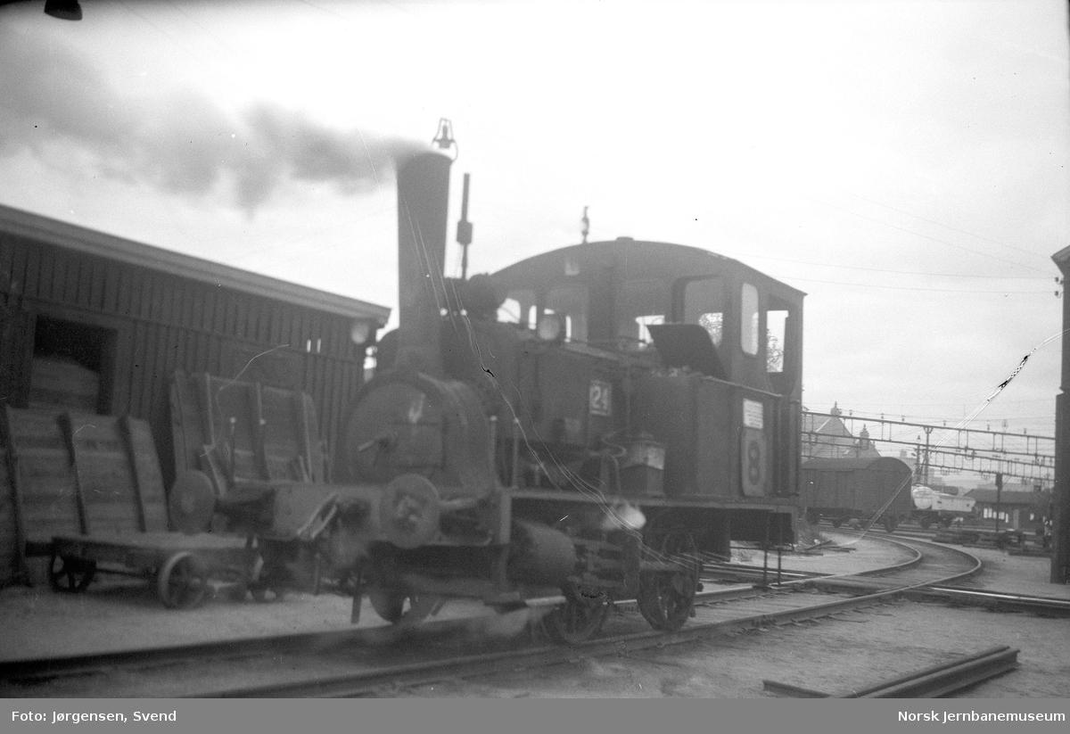 NSB damplokomotiv type 7a nr. 24 på Oslo Ø
