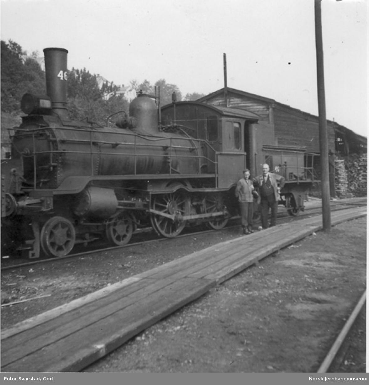 """NSB damplokomotiv type 9a nr. 46 med """"småtogsutrustning"""""""