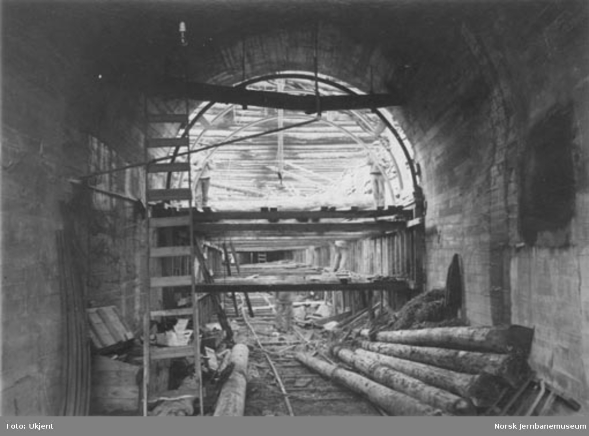 Bygging av nytt løp i Nidareid tunnel