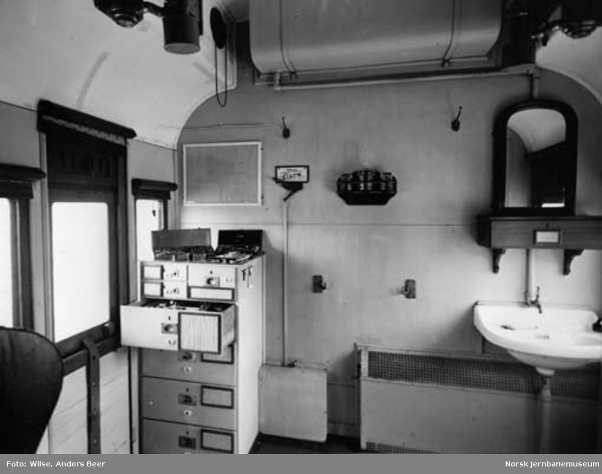 Interiørbilde fra NSB sanitetsvogn litra Zu