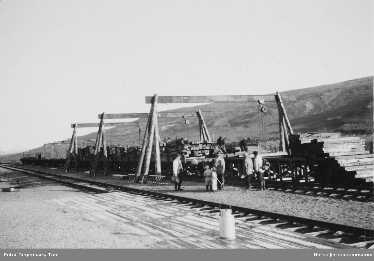 Prøvelegging med sammenbygde skinnelenker på Semska