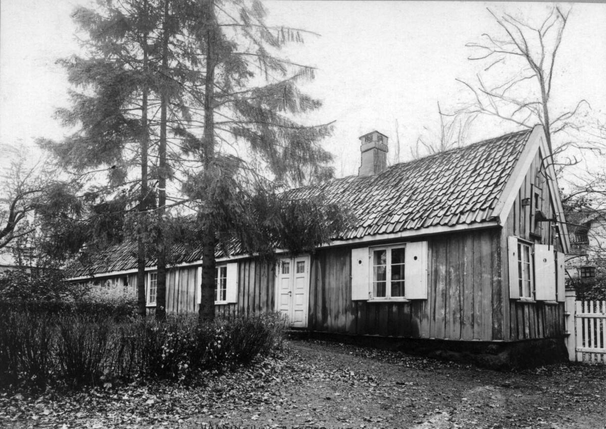 Bækkebukten, P. T. Mallings vei 56, Bygdøy, Oslo. Opprinnelig fiskerstue. Lite trehus.