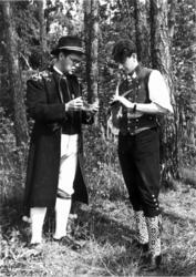 En svenske og Leif Löchen med bukkehorn. Muligens fra Nordis