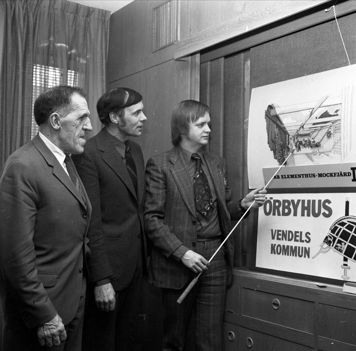 """""""Örbyhus bygger 24 grupphus"""", Örbyhus, Uppland mars 1973"""