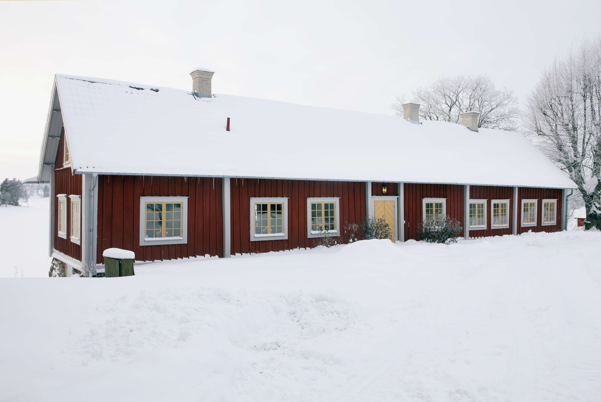 Bostadslänga, Lockstaholm, Husby-Långhundra socken, Uppland 2011
