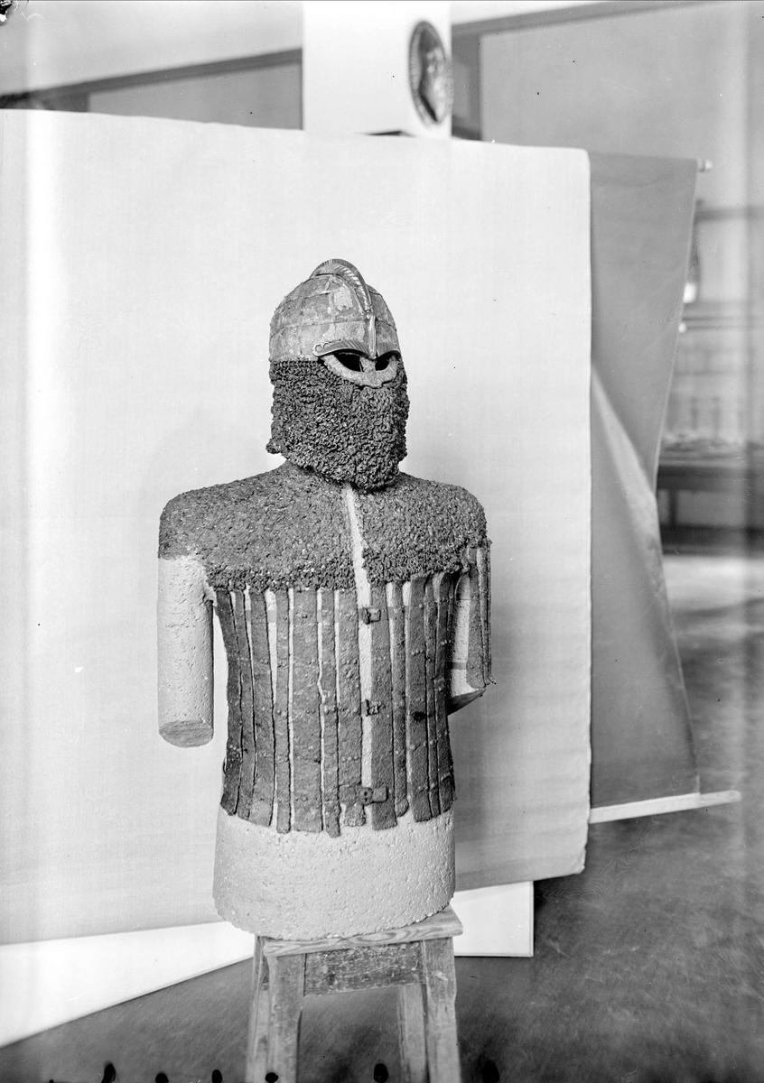 Rustning på Museet för nordiska fornsaker, Gustavianum, Uppsala