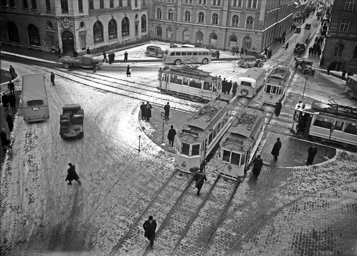 Spårvagnar på Stora Torget, Uppsala