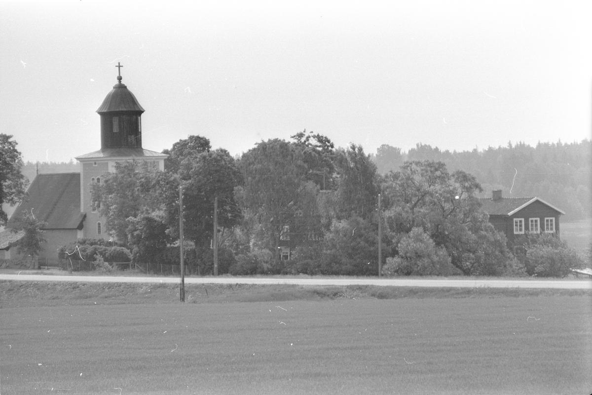 Läby kyrka, Läby socken, Uppland 1975