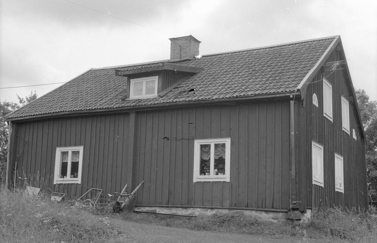 Bostadshus, Källingby 6:1, Källingby, Knutby socken, Uppland 1987