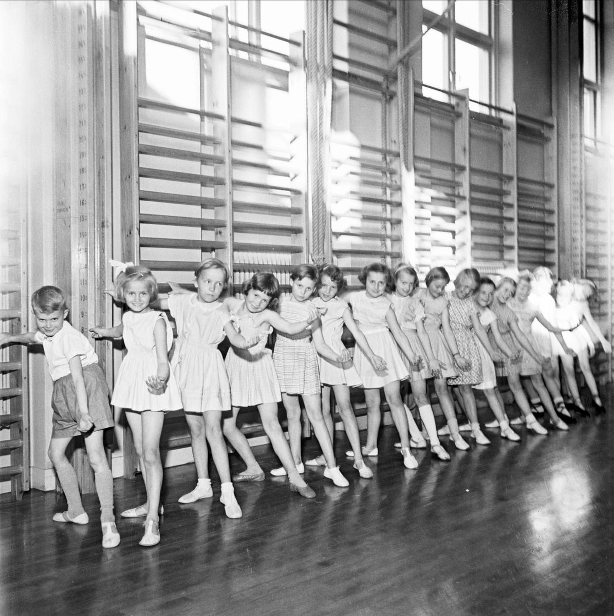 Balett i Nannaskolans gymnastiksal, Uppsala 1953