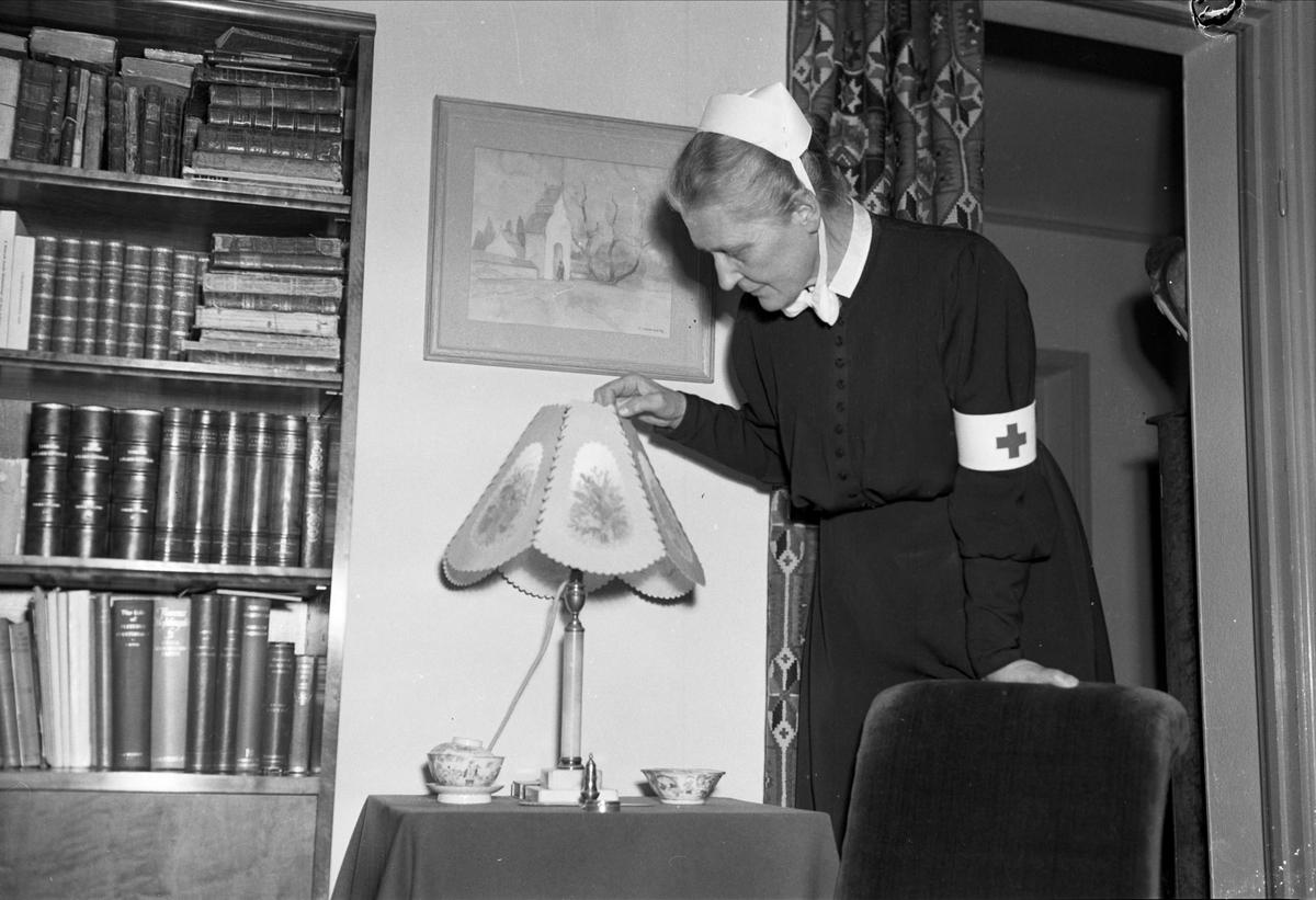 Sjuksköterskan Elisabet Dillner, Uppsala 1955