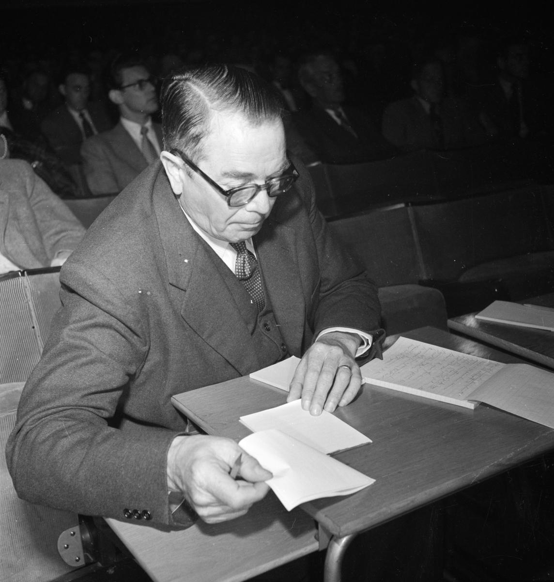 Riksdagsman Einar Eriksson, Uppsala september 1952
