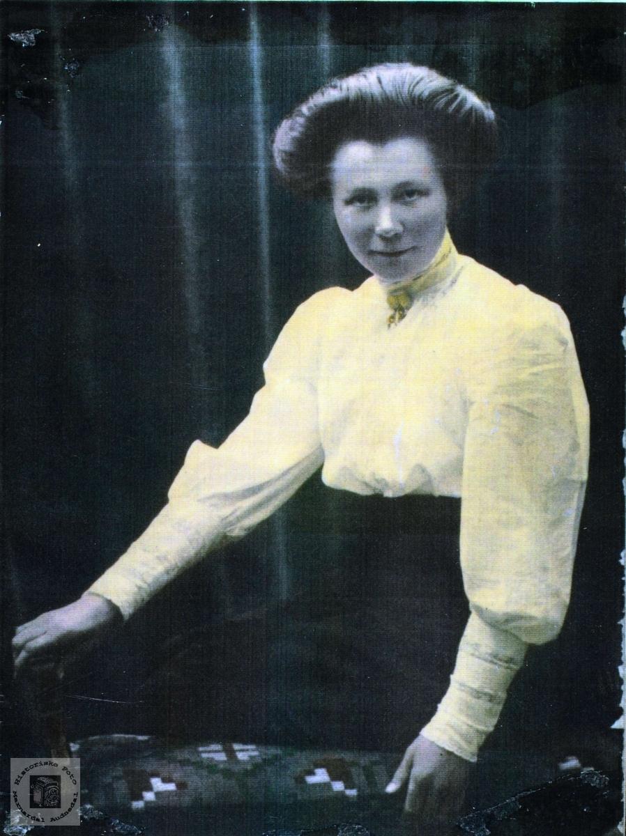 Portrett av Elisabeth Sveindal. Grindheim.