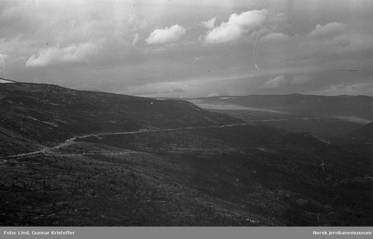 Nordlandsbaneanlegget : utsikt fra Kjemågnasen tunneltak