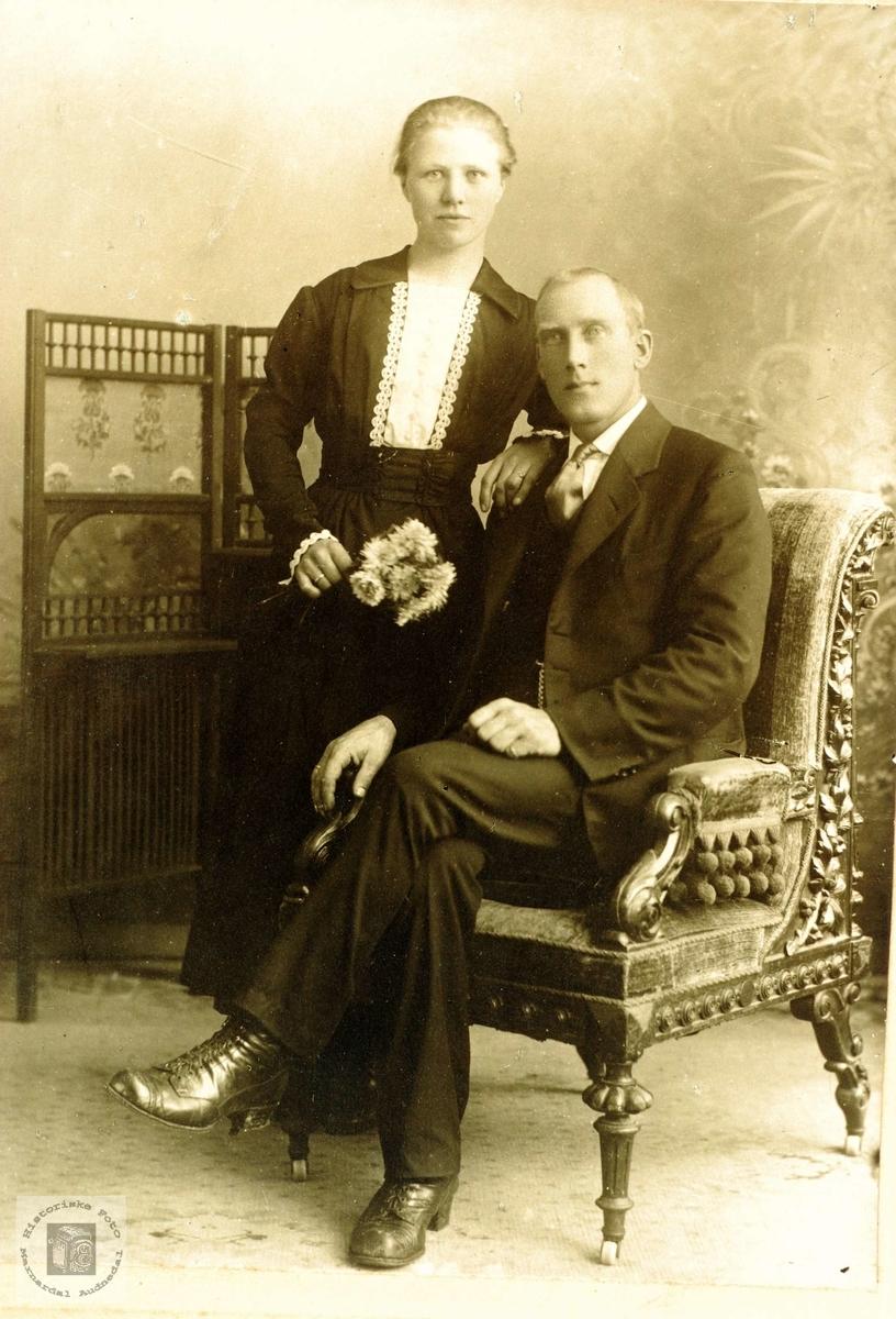 Brudebilde av Kari og John Flottorp. Grindheim Audnedal.