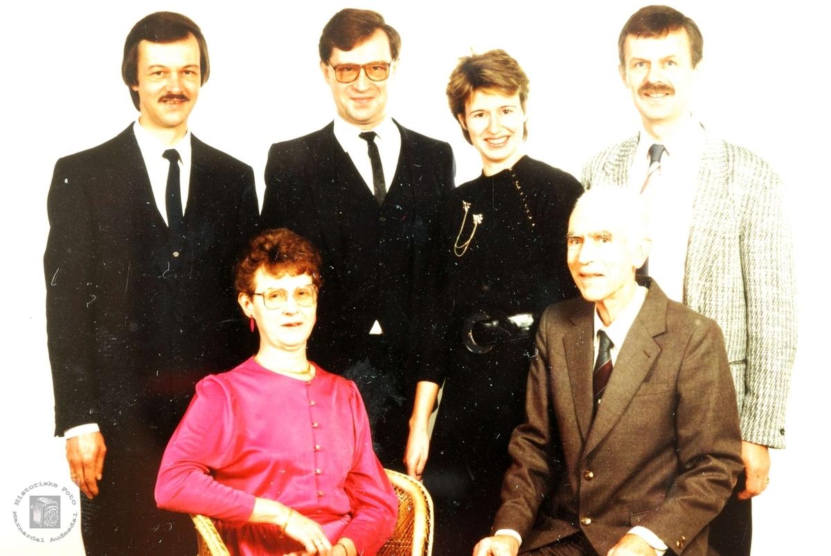 Portrett av familien Vasland. Grindheim.