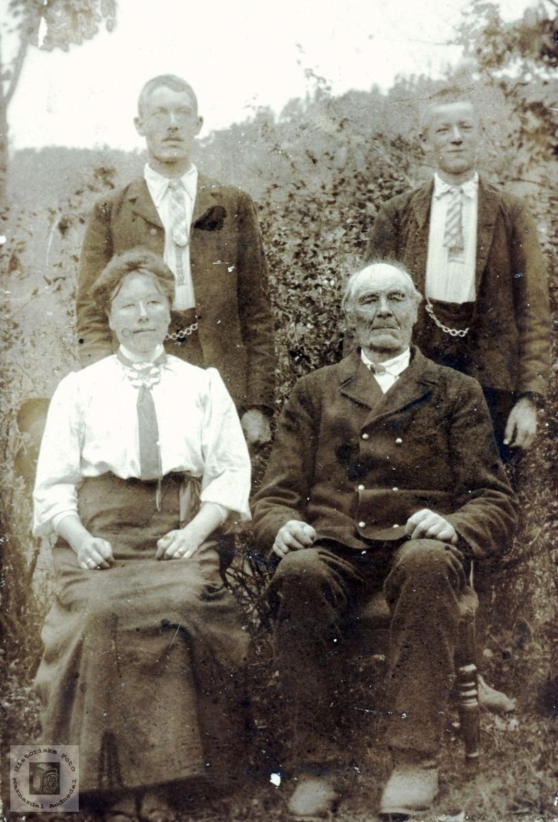 Familien Sveindal. Grindheim.