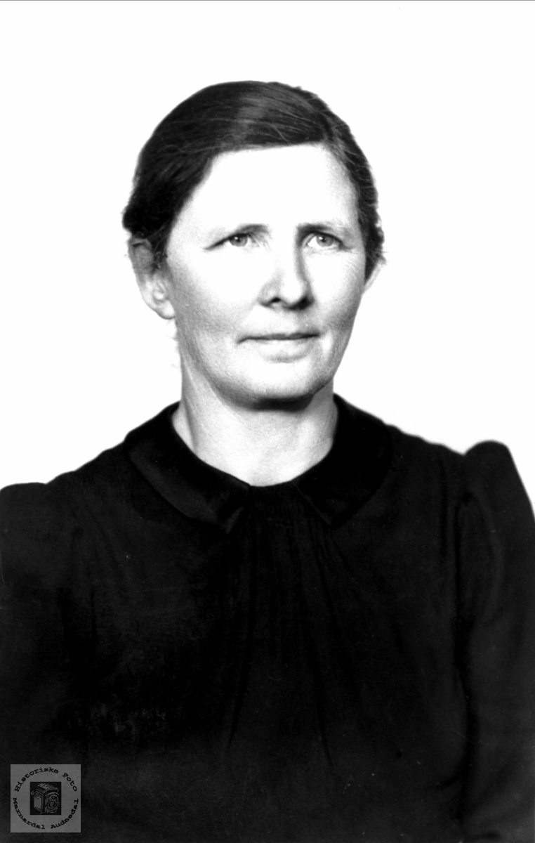 Portrett av Kari Homme, Bjelland.