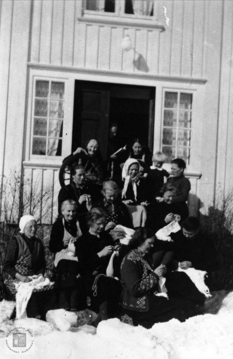 Rydlende kvinneforening, Bjelland.