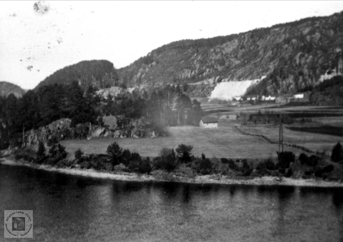 Jernbanefylling i Uslanddskeia, Øyslebø.