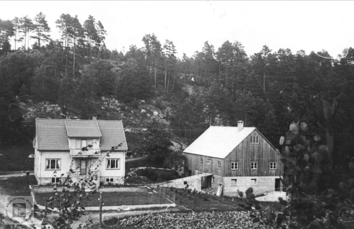 Gårdsbruk på Surteland i Øyslebø.