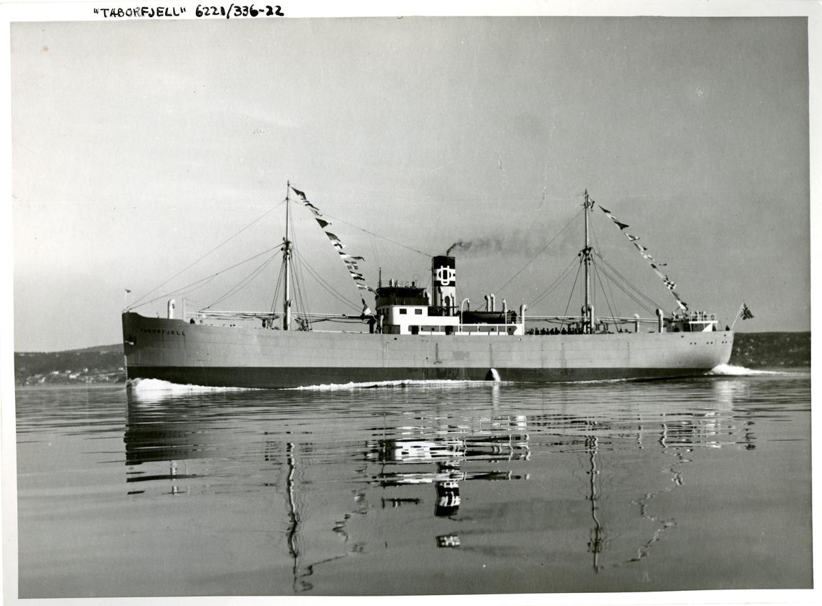 D/S Taborfjell (b. 1938, Nylands Mek. Verksted, Oslo)