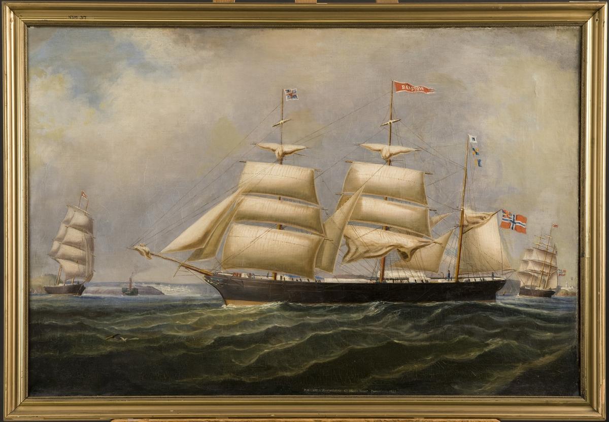 Bark 'Baistow' av Fredrikshald Unionsflagg fra gaffelen mesantoppen sign. SLK. Fortoppen Union Jack, stortoppen navnevimpel