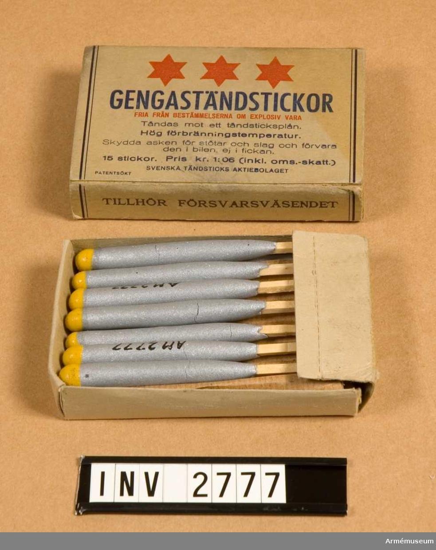 Består av: 1 pappask, 15 gengaständstickor. Använd av Försvarsväsendet 1940-talet.