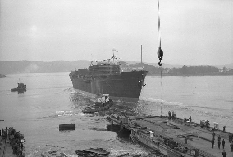 Sjösättning av fartyget 131 M/T Bellami.