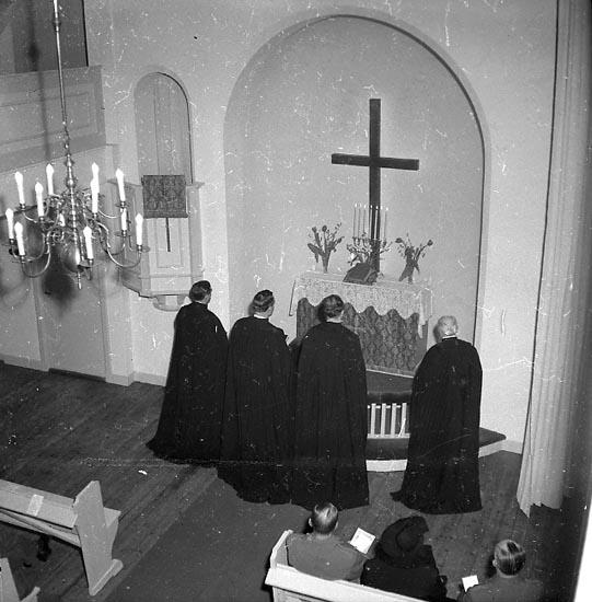 """Enligt notering: """"Invig. av Soldathemmet 3/5 1947""""."""