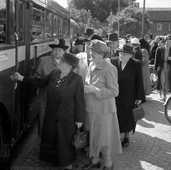 """Enligt notering: """"Röda Korset utfl. Åh Aug. 1949""""."""