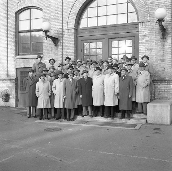 "Enligt notering: ""Kamraternas S.S. maj 1955""."